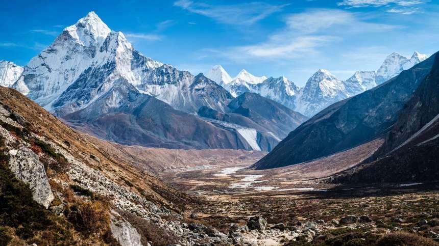 ama-dablam-himalaya-mountains-1080p-hd-wallpapers