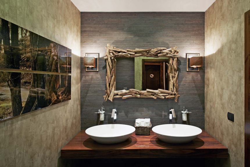 restaurant-bathroom-design-rectangle-paint-frame-brown-table-laminated-wood-square-lamp-sink-tissu-mirror-hand-soap-grey-stone-wall